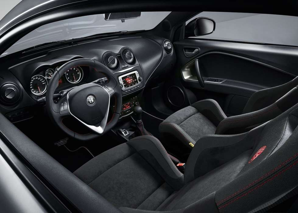 alfa romeo mito 2017 prezzi caratteristiche e motori foto allaguida. Black Bedroom Furniture Sets. Home Design Ideas