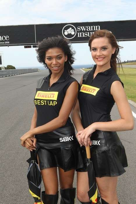 Belle grid girls