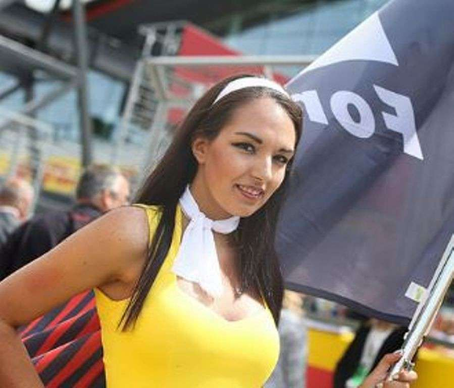 Grid Girls Silverstone 03
