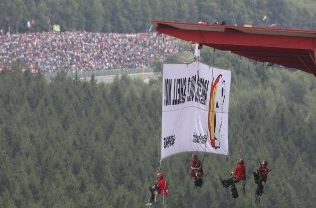 La protesta di Greenpeace a Spa-Francorchamps (15)