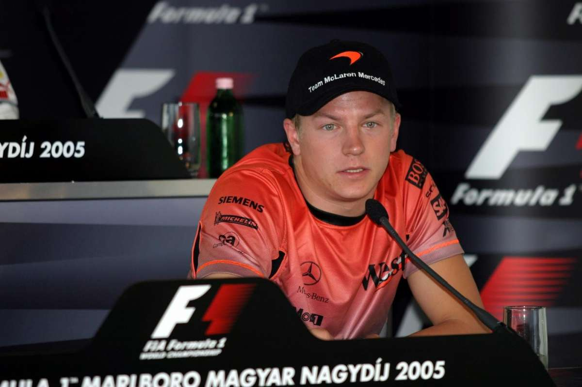 Kimi Raikkonen 2005 in conferenza stampa