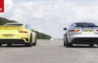 Jaguar F-Type SVR vs Porsche 911 Turbo: qual è la sportiva più veloce? [VIDEO]