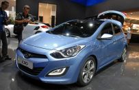 Hyundai i30 station wagon e ibrida in arrivo