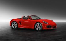 Porsche Boxster S Exclusive: tinta Guards Red e rivestimenti esclusivi [FOTO]