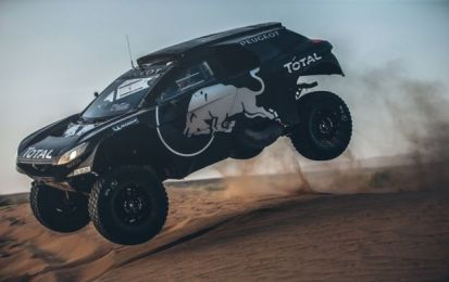 Peugeot 2008 DKR16, pronta per la Dakar 2016 [FOTO e VIDEO]