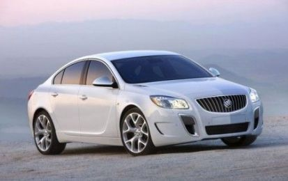 Buick Regal eAssist al Salone di Chicago 2011