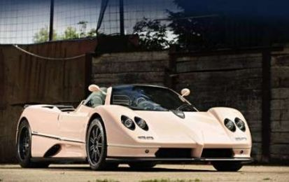 Pagani Zonda rosa all'asta da Bonhams