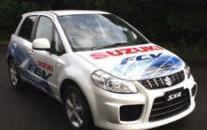 Suzuki SX4-FCV Fuel Cell Vehicle: la presentazione al G8