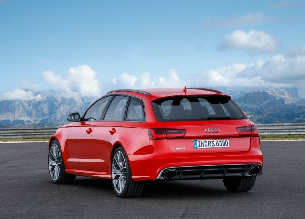 Audi RS6 Avant Performance posteriore