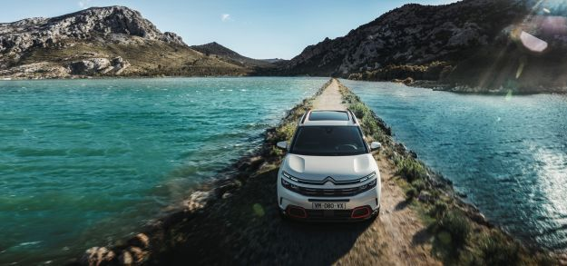 Citroen C5 Aircross su sterrato