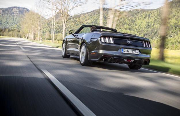 Ford Mustang Ecoboost prova bagagliaio (1)