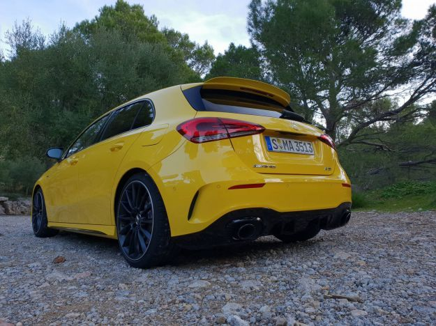 Mercedes A35 AMG angolo posteriore