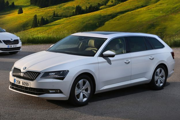 Skoda Superb GreenLine station wagon