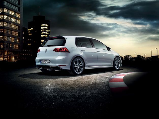 Volkswagen Golf Sport Edition 2
