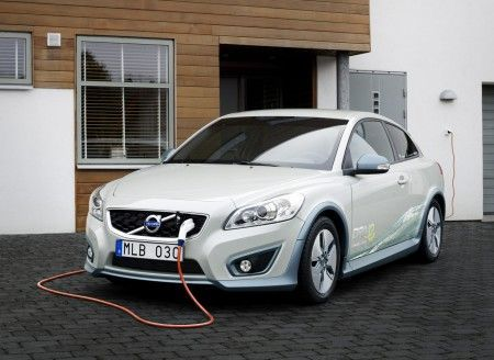 "Volvo C30 DRIVe Electric ""One Tonne Life"""