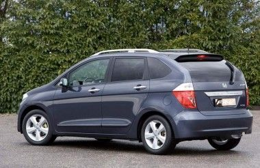 Honda FR-V, l'alternativa alla Multipla