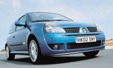 Renault Clio by Car Line