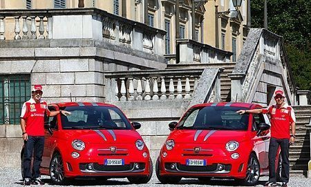 Abarth 695 Tributo Ferrari in regalo a Felipe Massa e Fernando Alonso