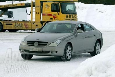 Foto spia: Mercedes CLS restyling