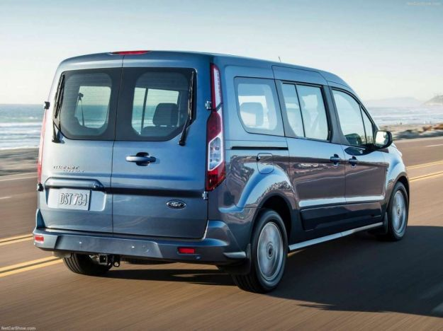 ford transit connect wagon spazio a bordo