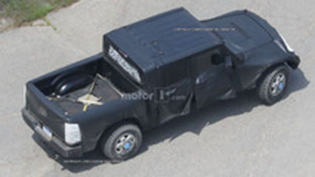 jeep wrangler pickup spy photos (6)