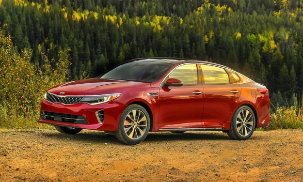 Kia Optima con sistema audio Harman