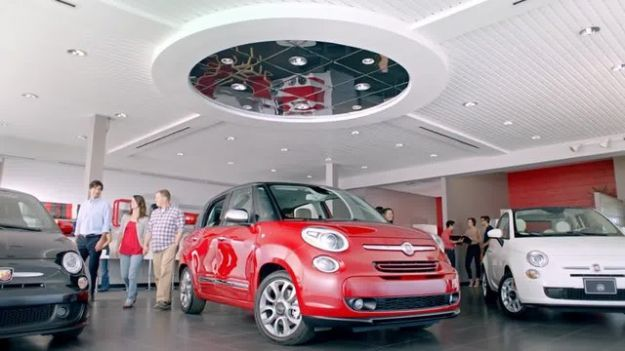 Fiat 500L spot USA: la famiglia italiana diventa un optional! [VIDEO]