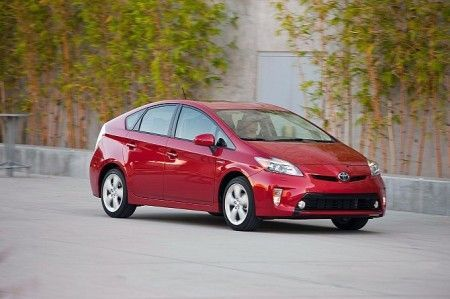 Toyota Prius 2012, foto del restyling