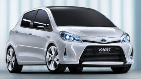 Toyota Yaris HSD, debutto nel 2013